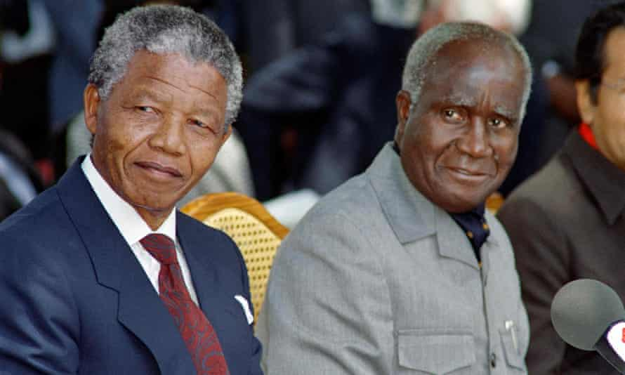 Kenneth Kaunda with Nelson Mandela