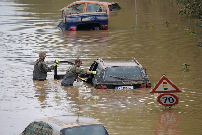 Europe's death toll rises to more than 180 as Germany, Belgium clean up after floods