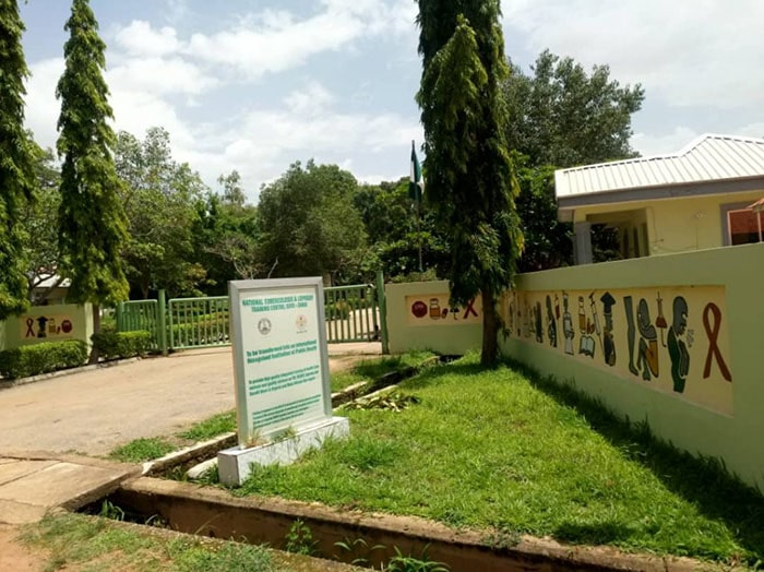 Nigeria: Gunmen kidnap 'nurses and children' from hospital